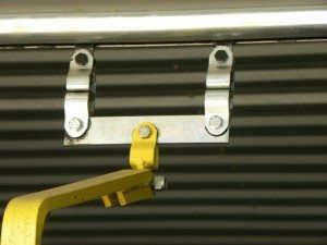 overhead conveyor load bar